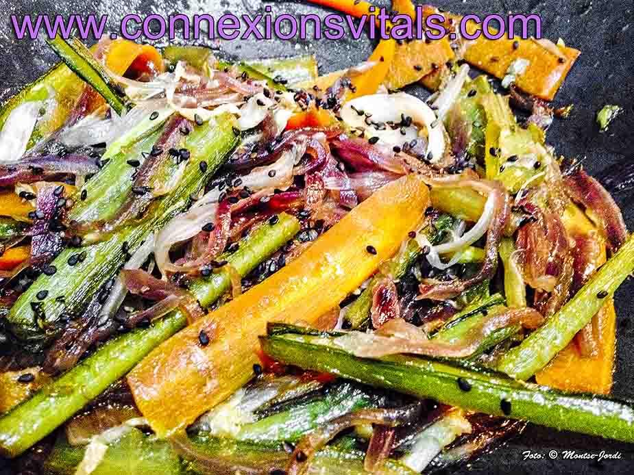 Wok de Verduras y Borrajas con Jengibre